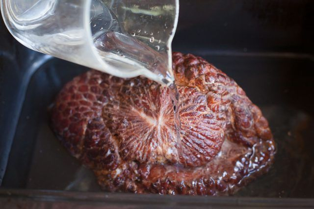 How to Cook a Ham in an Electric Roaster (with Pictures) | eHow