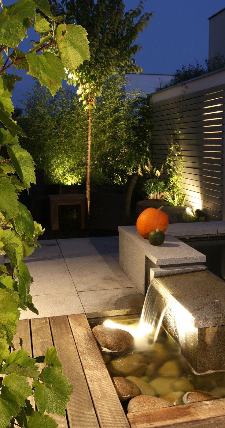 osvětlení v zahradě / garden lighting