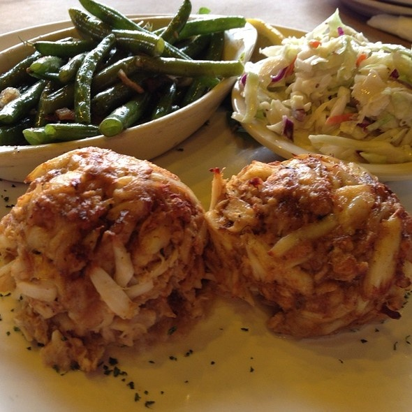 Crabcakes at Canton Dockside Seafood Restaurant (Baltimore)