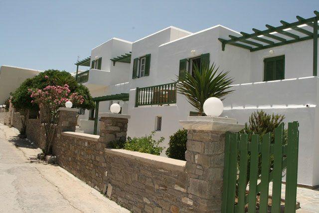 Paros Hotels, Adonis Hotel | travelovergreece