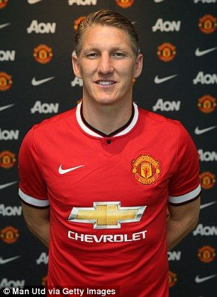 Manchester United confirm Bastian Schweinsteiger and Morgan Schneiderlin signings as Louis van Gaal hails 'ultimate pro' | Daily Mail Online