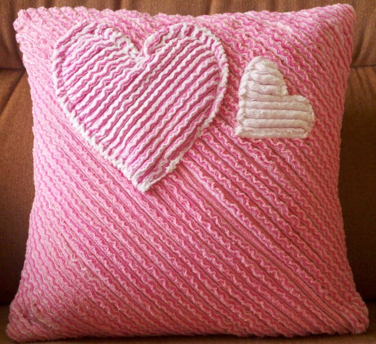 Faux Chenille Pillow I made - base layer muslin, then four layers of flannel in white & pinks - envelope back and pillow form inside