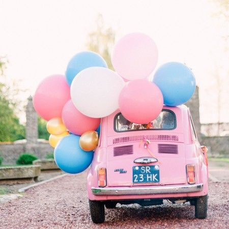 Onze mega ballonnen op een hippe Fiat 500! Fotografie Youri Claessens
