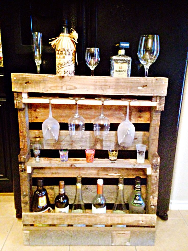 44 best images about saloon shed ideas on pinterest for Pallet wine bar