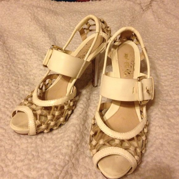 Super cute lamb shoes All leather!! Have been worn size 91/2 L.A.M.B. Shoes Heels