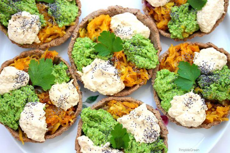 Tartelette tricolore courge, green pesto et crème cajou // Squash, green pesto and cashew cheese tartlet