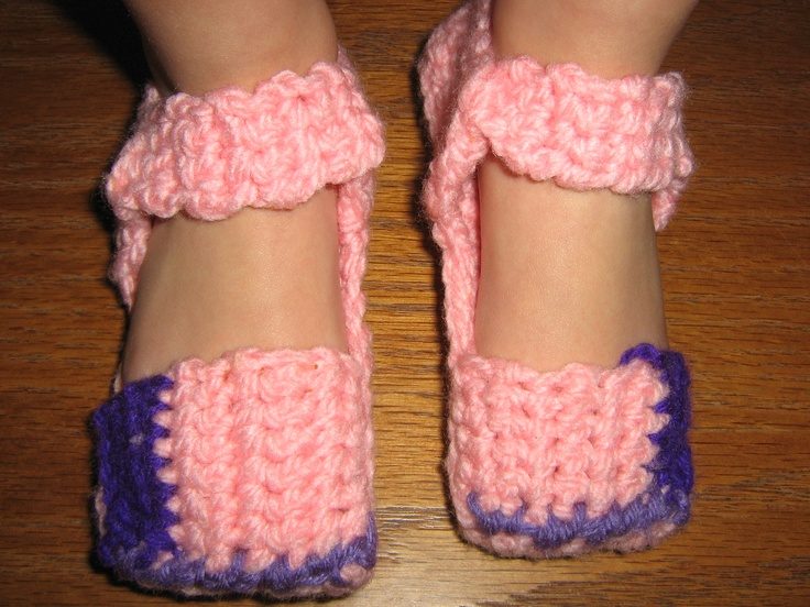 crocheted toddlers mary jane slippers