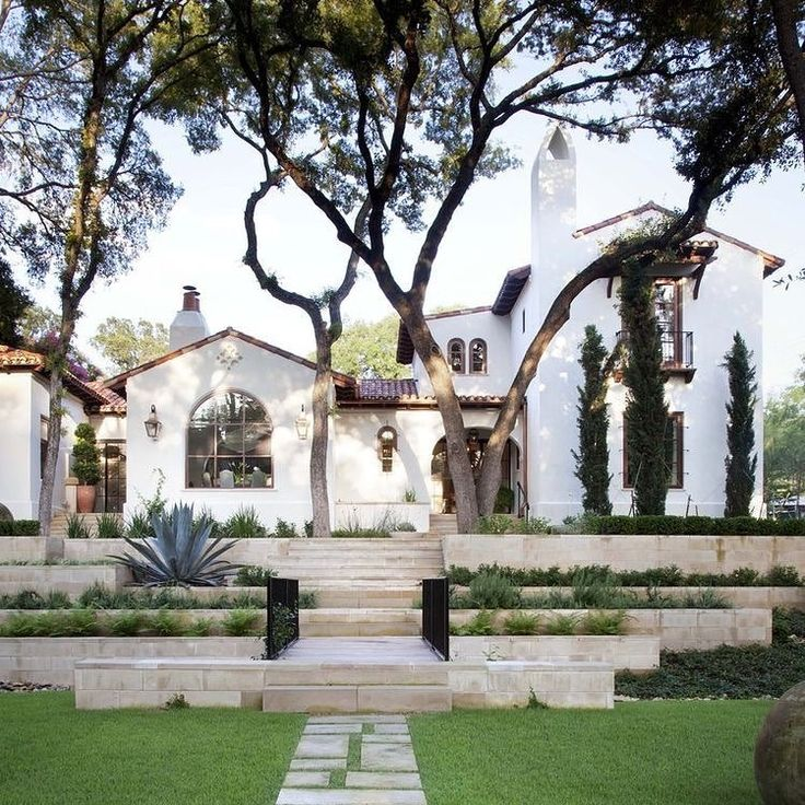 Exterior Pictures Of Mediterranean Style Homes Cities: Best 25+ Spanish Style Homes Ideas On Pinterest