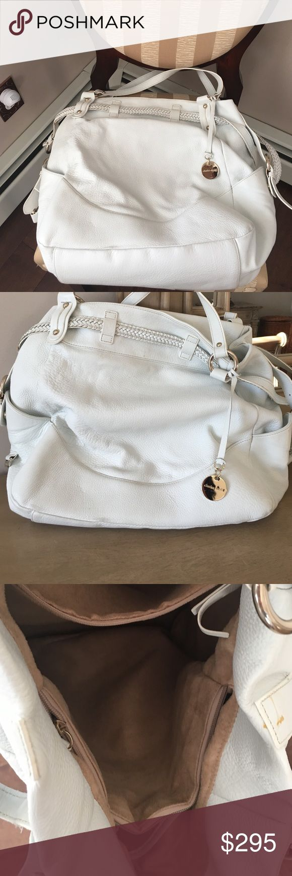 Charles David white leather purse Charles David white leather purse, large like new. Charles David Bags Shoulder Bags