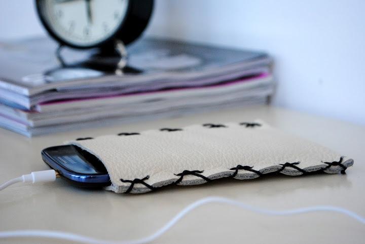 DIY – Leather Phone Case