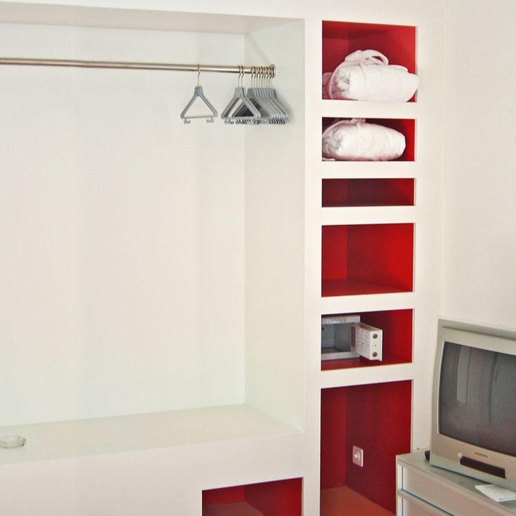 18 besten wandgarderoben bilder auf pinterest edelstahl. Black Bedroom Furniture Sets. Home Design Ideas