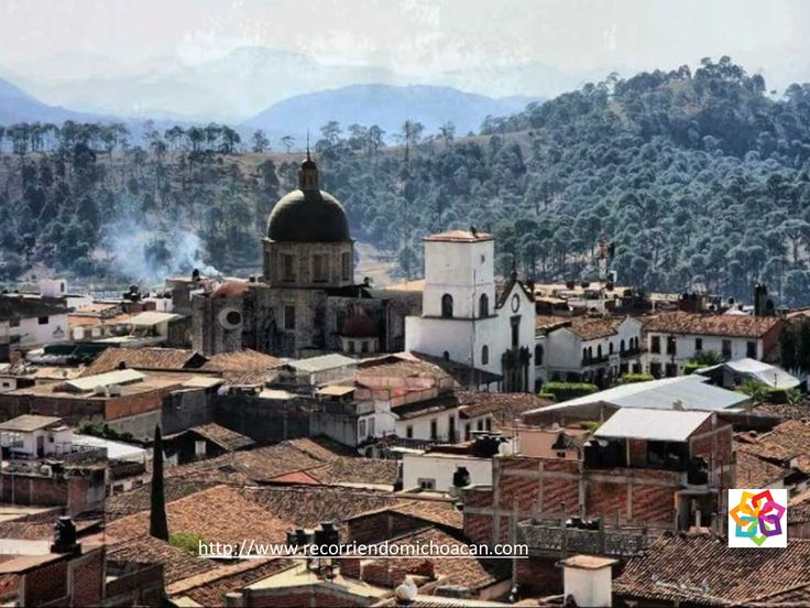 MICHOACÁN MÁGICO Te habla ¿A qué se dedican los artesanos de Tacámbaro? El pueblo se especializa en la elaboración de huaraches, sillas de montar, fuetes, servilletas bordadas, macetas de barro, artículos de herrería, prendas de vestir de lana y tapices de gran calidad y belleza. HOTEL FLORENCIA REGENCY http://www.florenciarengency.mx/