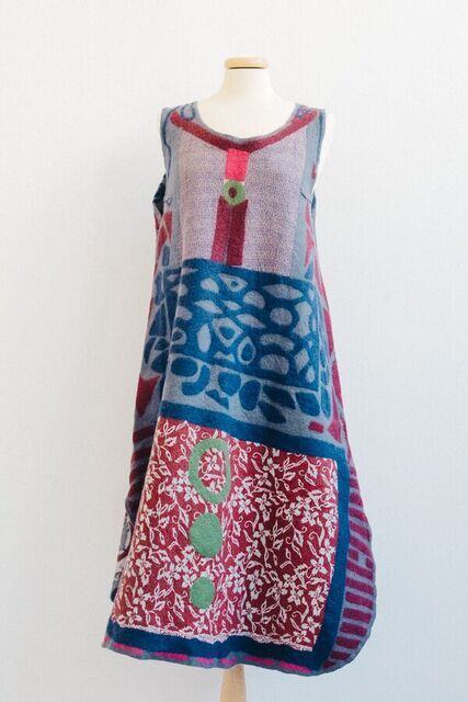 Tunic by Catherine O'Leary. Photo Credit Agnese Morganti