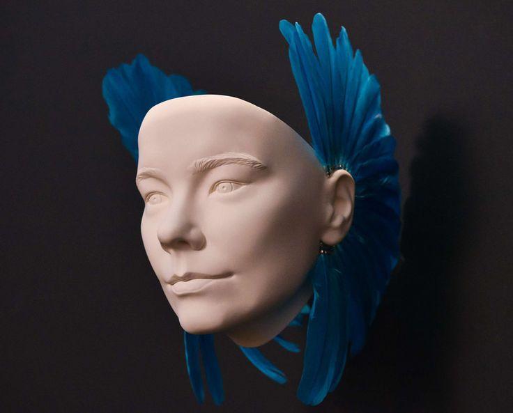 Un masque de Bjork exposé au MOMA de New York