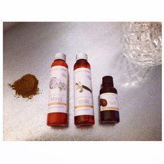 L'huile BIOdigieuse Or. C'est comme l'huile prodigieuse mais naturelle et ça c'est bon pour ma peau !