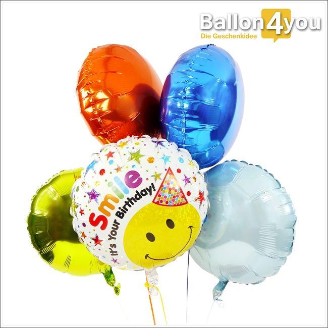 """Ballonbukett XXL - Smile It´s your Birthday  Überraschen Sie mit einem Lächeln zum Geburtstag! Womit könnte dies besser gelingen als mit einem lustigen Smiley und der Aufschrift """"Smile – It´s your Birthday!"""". Egal, ob Jung oder Alt – gute Laune ist zu jedem Geburtstag ein gern gesehener Gast. Farblich wird dieses Ballonbukett durch vier weitere Ballons abgerundet."""