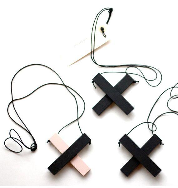 X • rosa svart | WOS Louise Bankander