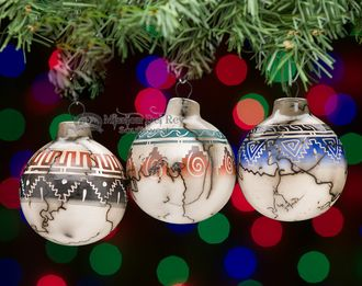 Beautiful Native American etched horse hair pottery ornaments in a 3 piece set ready to accent your southwestern or native style Christmas tree.