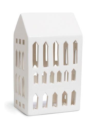 Urbania lyshus i porselen. Designet av Bache & Bendix Becker for Kähler, høyde18 cm.