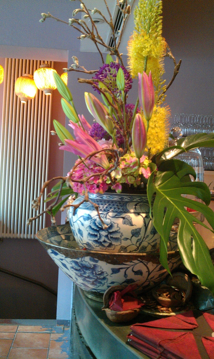 flowers inside - traditional and modern at the same time, natural beauty, not kitschy