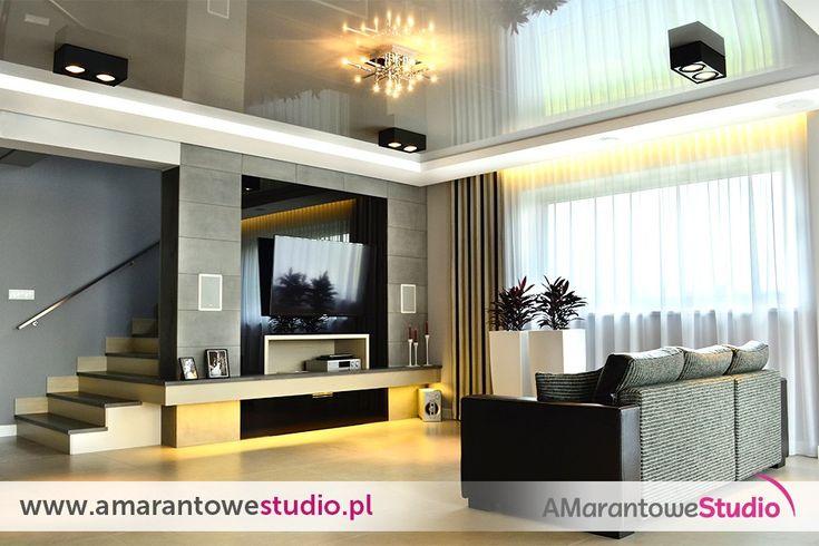 Aranżacja salonu w kolorze szarym - szary salon - wystrój salonu w szarościach.  Zobacz więcej na www.amarantowestudio.pl  Amarantowe Studio (@AmarantoweS) | Twitter