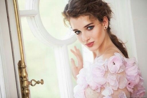 IANIS CHAMALIDY AW2013/14 collection ADD VERNUM EST