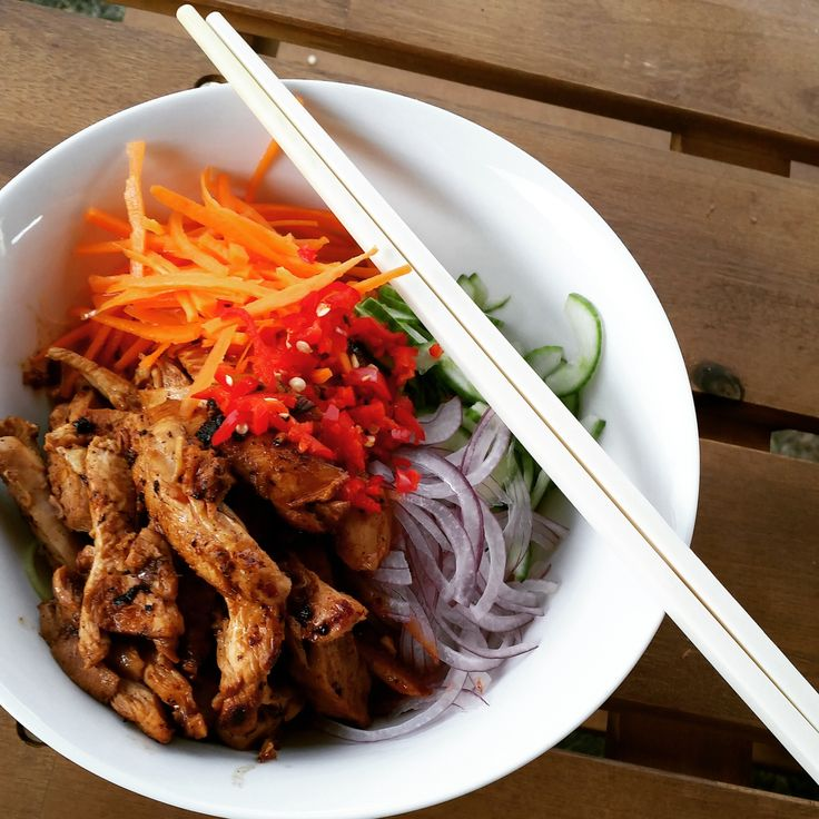 Vietnamese Chicken Zoodle Bowl
