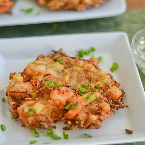 Ukoy is a popular Filipino fried shrimp and vegetable fritter dish. Shrimp, bean sprouts, tofu and green onions are added to this particular recipe.