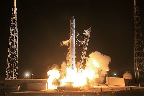 SpaceX COTS2 Liftoff