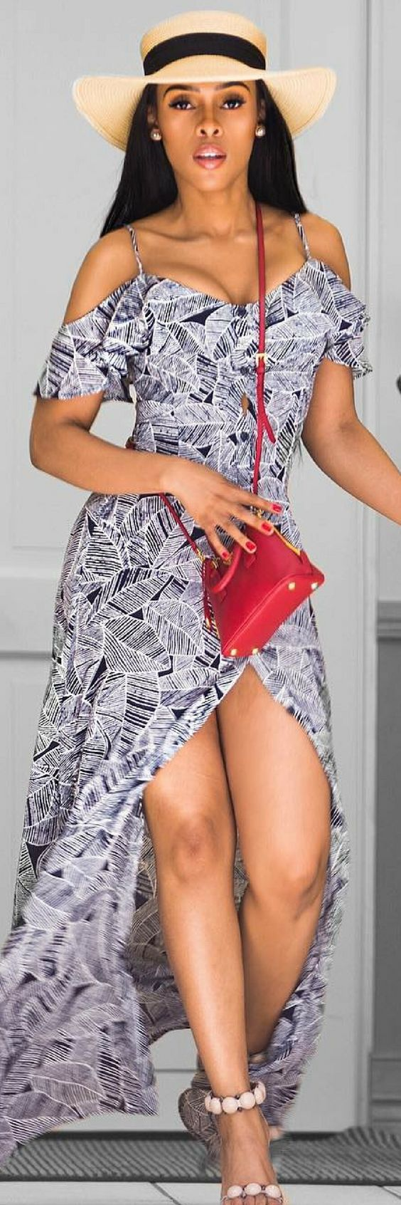 The Good Mood Dress - How To Style By Kefilwe Mabote http://ecstasymodels.blog/2017/10/16/good-mood-dress-style-kefilwe-mabote/