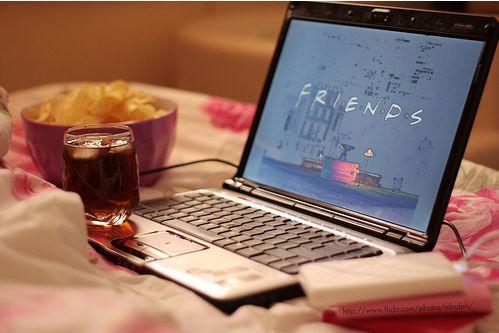 Não sabes onde ver filmes/séries online? Eu digo-te! Vê mais lá no blog :)