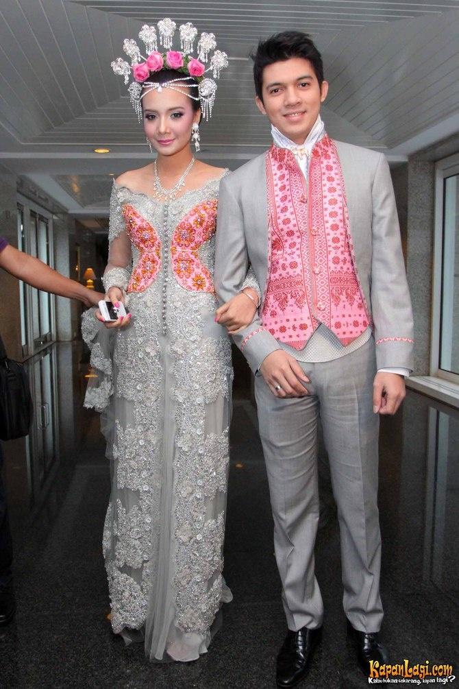 #PengantinMinang #Minang #Wedding #Suntiang #SilverPink #ArtisMinang