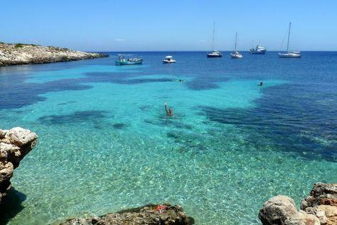 Vakantie Sicilië: 5 x doen in Trapani.  Egadische eilanden - Levanzo  #travel #holiday #Italy