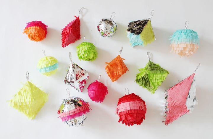 Via http://andwhatalicesaw.tumblr.com/: Pinata Ideas, Kids Birthday Parties, Confetti Ornaments, Minis Pinata, Parties Ideas, Minis Piñata, Christmas Decor, Christmas Ornament, Confetti System