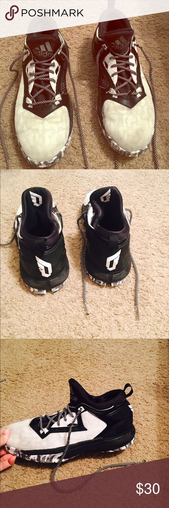 Adidas basketball shoes Damian Lillards - In good condition Adidas Shoes Athletic Shoes