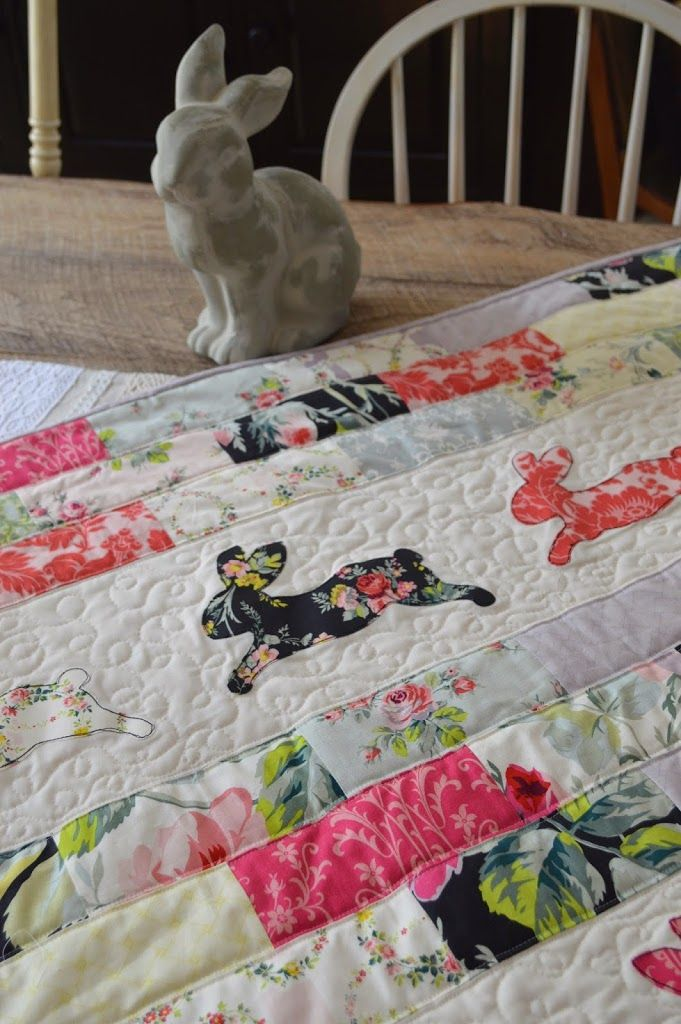 = tutorial = Bunny Bricks Quilt by Jedi Craft Girl.  Bunny applique from Sizzix.