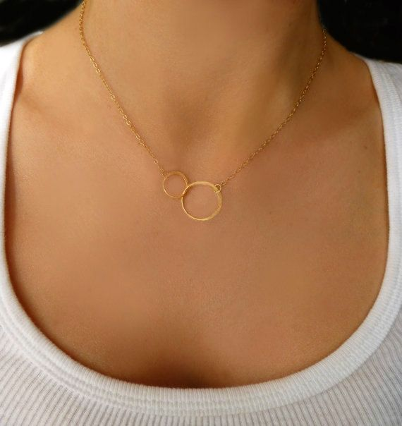Infinity Necklace Interlocking Hoop Necklace by GlassPalaceArts