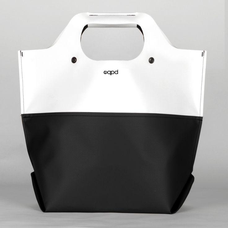 The Last Bag (White/Black)