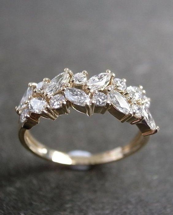 Самое красивое обручальное кольцо в мире фото