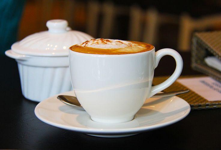 Desayuno saludable. Breakfast. ☕ #cafe #coffee #coffeelovers #jamon #ham #oil #aceite #queso #SinLactosa #cheese #fruta #fruit #dulces #zumo #orange #TiendaOnline #Gourmet #bottleandcan #Granada #Andalucia #Andalusia #España #Spain #instagram #rrss www.tienda.bottleandcan.com ☕  +34 958 08 20 69  +34 656 66 22 70