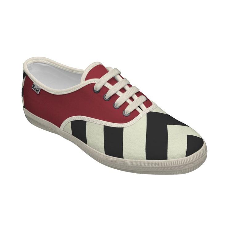 Peaks White Tennis Shoes