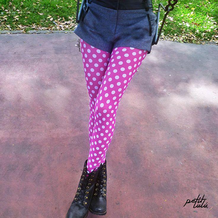 Medias 'Moscú' de Petit Lulú. www.petitlulustor... #Colombia #Femenina #sexy #mujer #girly #Outfit #Original #Trend #Closet #piernas #retro #moda #fashion #pantimedias #tights #pantyhose #hosery #retro #vintage #cute #love  #legs #piernas #medias #pink #polkadots #girly