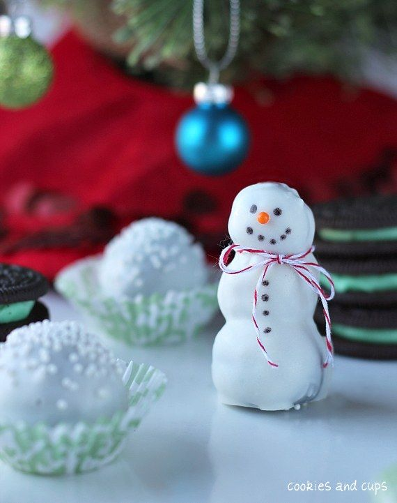 Mint Oreo Snowman Truffles: Desserts Recipes, Dessert Recipes, Oreo Snowman, Christmas, Holiday Recipes, Oreo Truffles, Mint Oreo, Snowman Truffles, Cream Chee