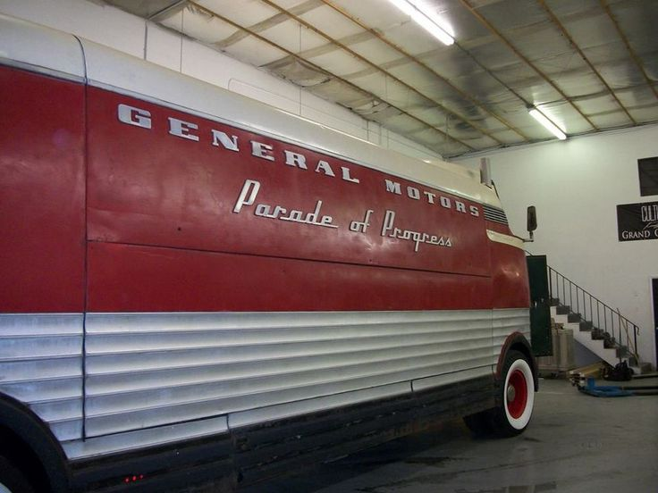 67 best vehicle 1941 gm futurliner images on pinterest for General motors retirement benefits