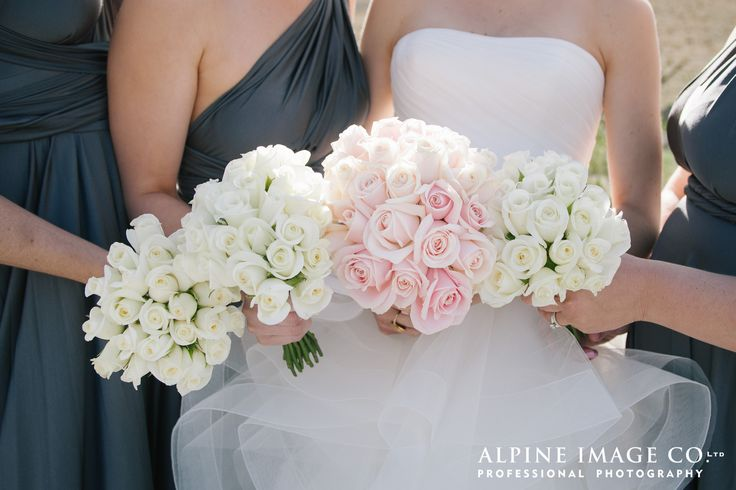 October Wedding Flowers|Destination NZ Weddings    Photograph by www.alpineimages.co.nz Wedding by www.theweddingcompany.co.nz