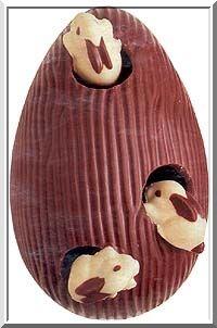 ovo de páscoa decorado: Paqu Chocolate