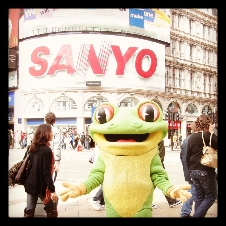 Have you seen Cha Cha in Leicester Square recently? He loves meeting tourists and sightseeing in his spare time! http://www.therainforestcafe.co.uk