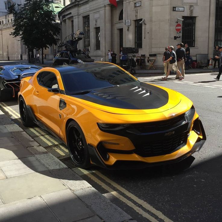 Transformers News: Transformers: The Last Knight Bumblebee