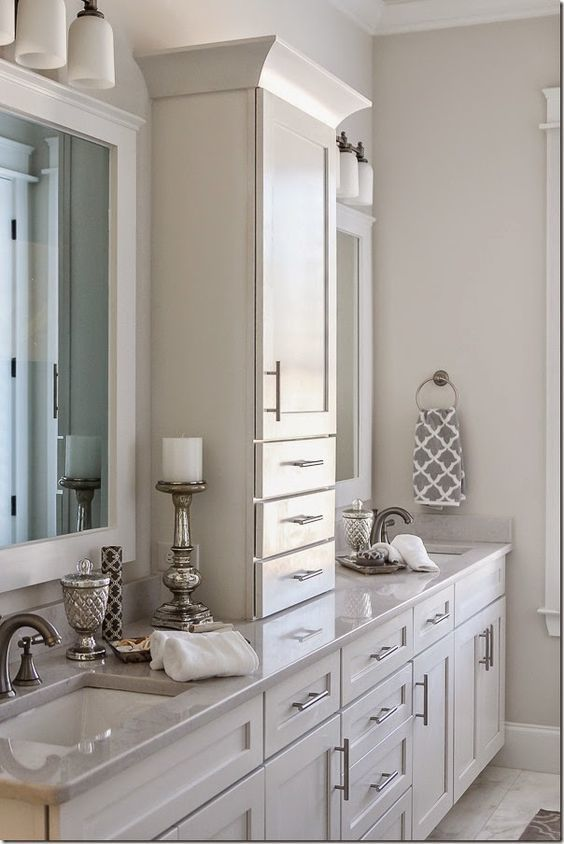 love all the storage in this double vanity wwwchoosechicom