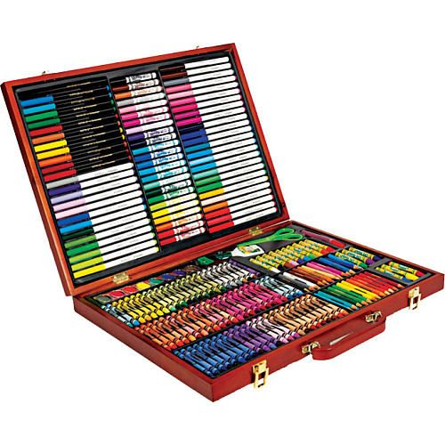 New from Crayola, this Crayola 200-Piece Masterworks Art Case is a wooden art case filled with 200 Crayola items!